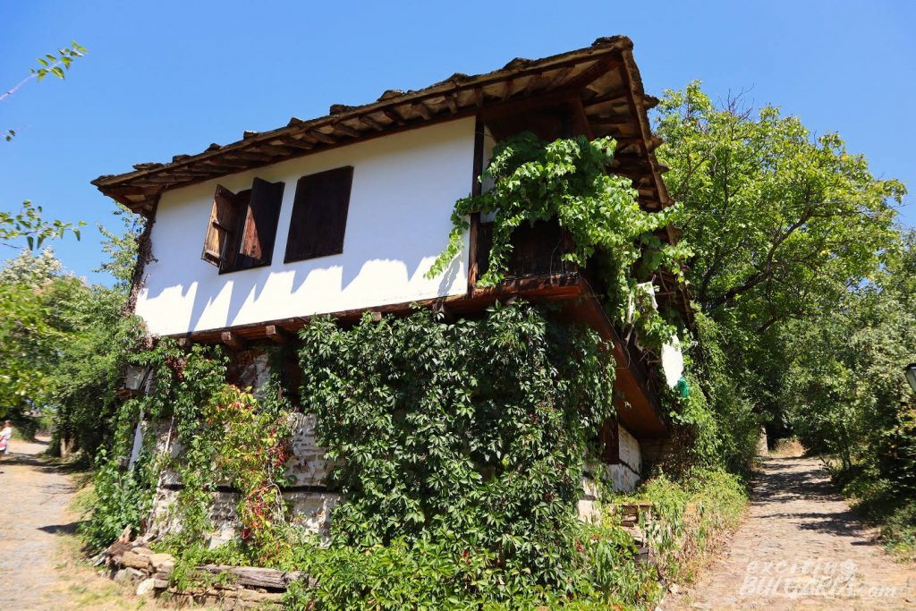 Typical house in Bozhentsi