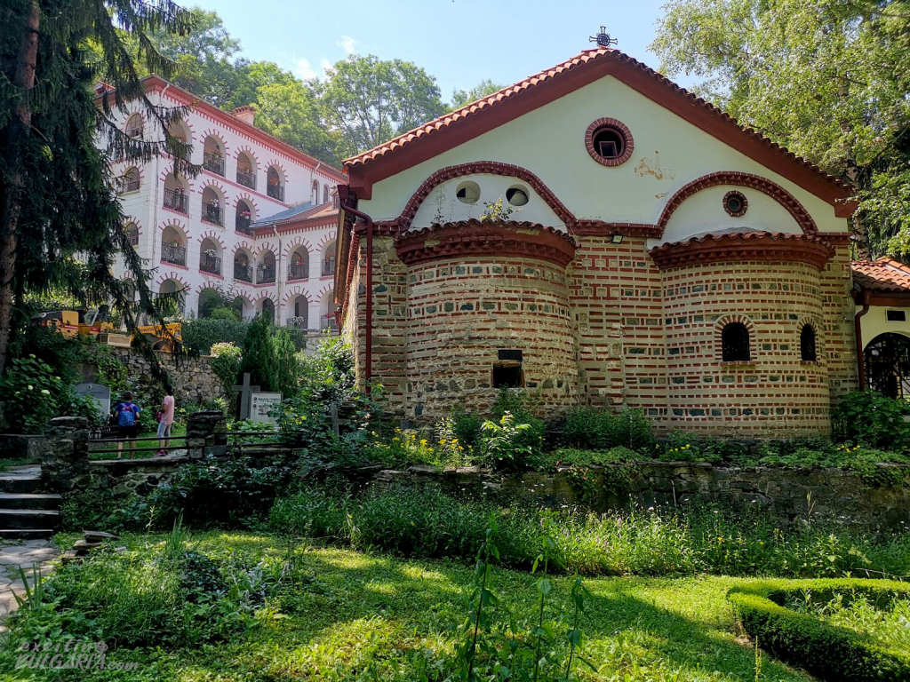 Dragalevtsi Monastery in the summer